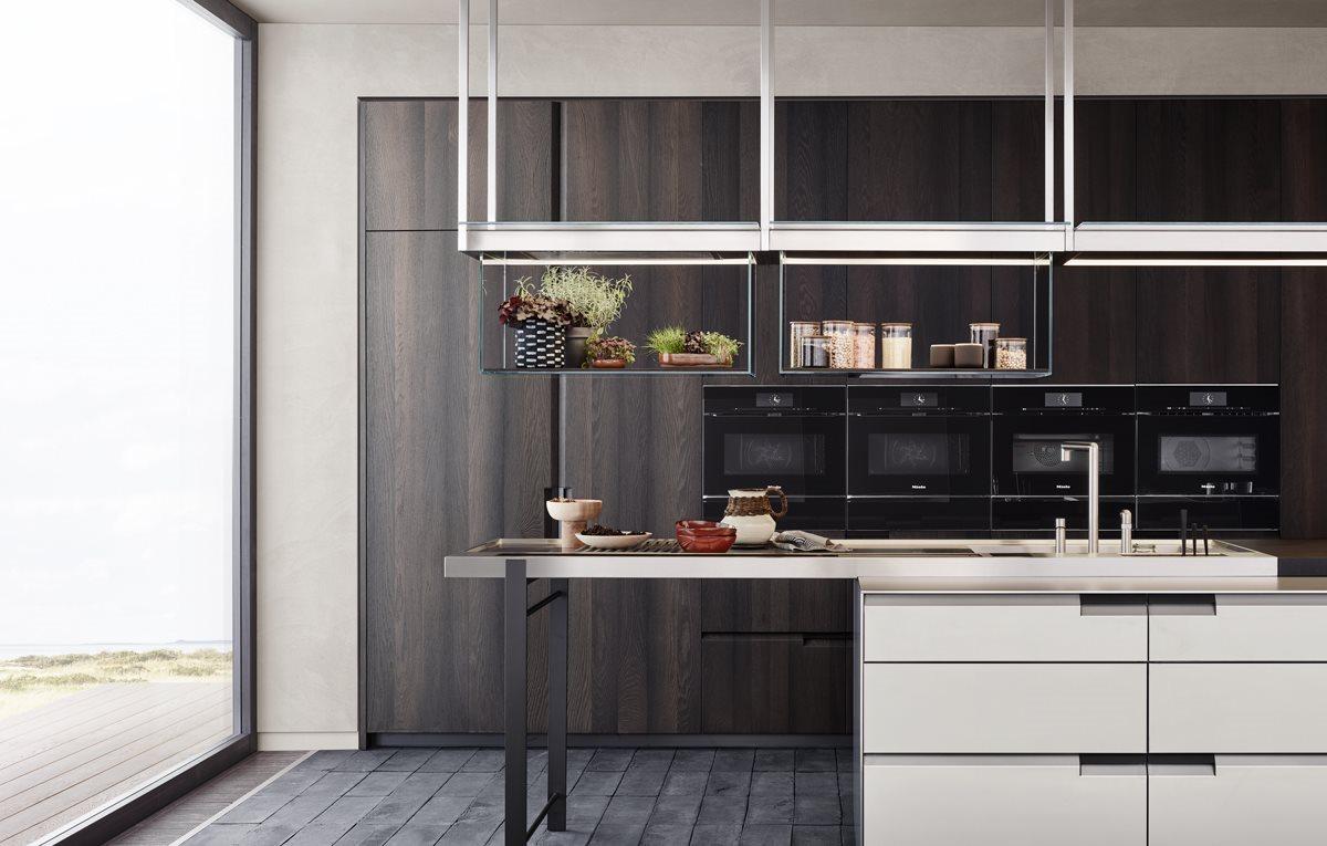 Как выбрать высоту и глубину кухонной столешницы?