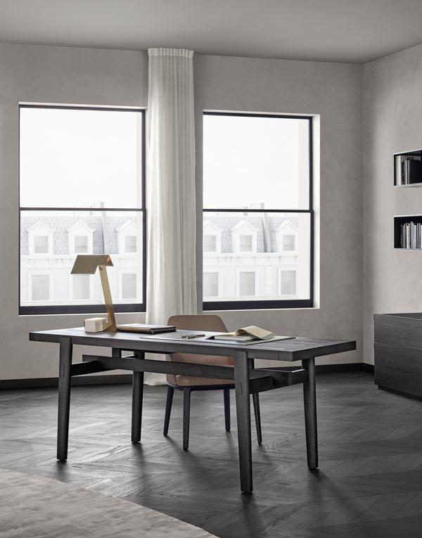 Стол, стильный стол, дизайнерский стол Калининград, итальянская мебель, итальянский стиль, мебель из Италии, современный стиль, современная мебель, дизайн интерьера, купить стол в Калининграде, современный интерьер, стол Poliform в Калининграде, мебель Poliform в Калининграде, Poliform Home Hotel, деревянный стол купить, деревянный стол заказать, стол с выдвижным ящиком Калининград