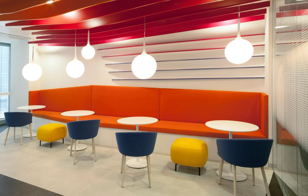 Инновационное освещение Artemide в офисе Huawei в Милане