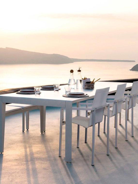 Tribu-Mirthe-Dining-table-1